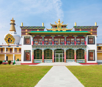 Mindrolling Monastery is a tibetan monastery located near Clement Town in Dehradun
