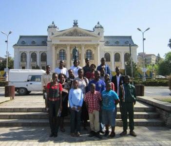 National Theatre - group from Zimbabwe