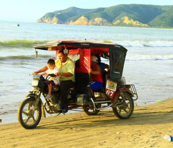 Puerto Lopez Riding