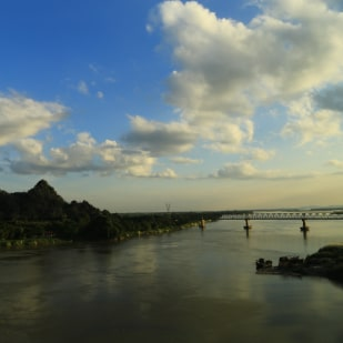 Shutter, Zoom , Click- Shoot the Mesmerizing Town of Hpa-an