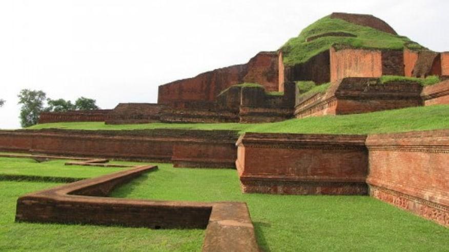 A Brief History of Bangladesh, a land of golden dreams and su