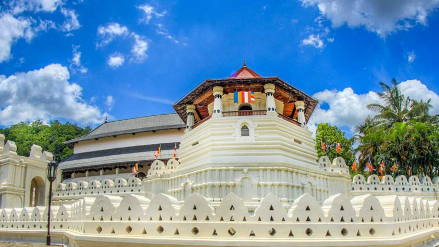 The Sacred Temple Of Tooth Relic