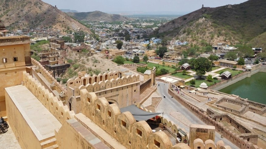 Witness The Grandeur of the Historical Pink City