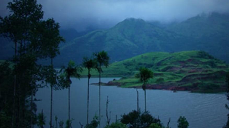 Enjoy the Scenic Beauty of Kerala