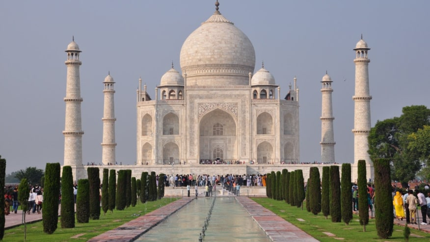Feel the Magic of Taj - The Monument of Love