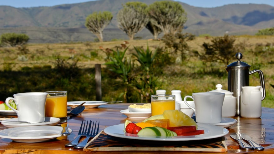 Bush Breakfast in Naivasha, Great Rift Valley Tour