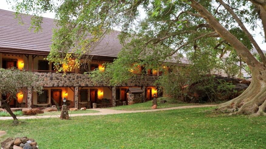 Kinguni Serena game Lodge, Tsavo west, Kenya Lodge Safaris