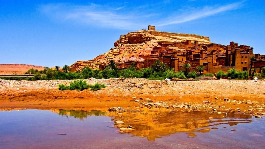 Shake off the burdens of city life in the Sahara Desert
