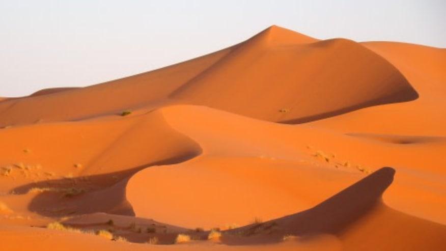 See the Amazing Mountainous Dunes of Sahara Desert
