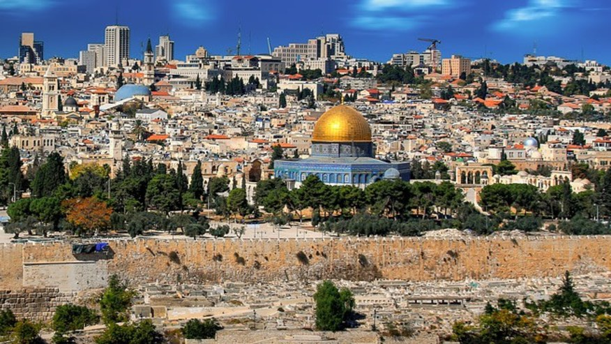 Take this Biblical Tour of the Holy City