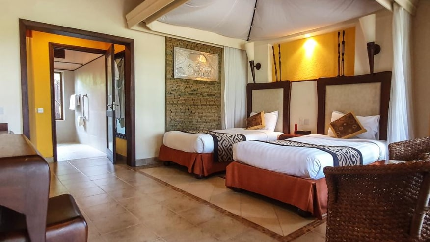 Ol tukai Game Lodge, Kenya Luxury lodge accommodation standard twin room