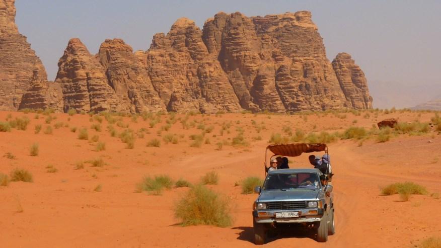 Jeep safari on the dunes of Wadi Rum