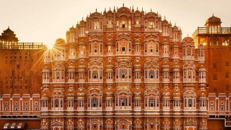 Hawa Mahal (palace of wind)