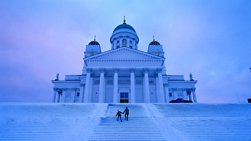 The Helsinki cathedral in winter