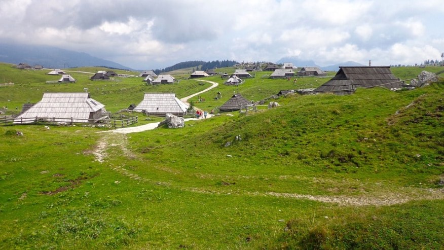Explore the stunning alpine pastures of Velika Planina!