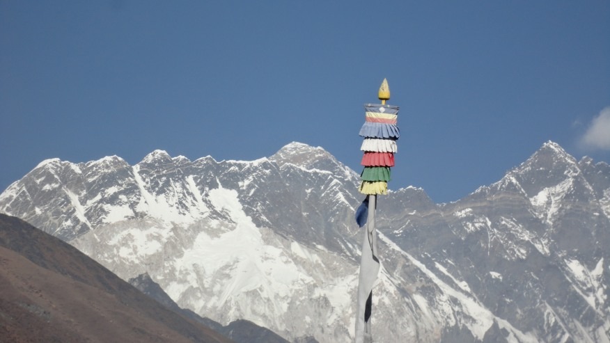 Trek to the foot of Mount Everest