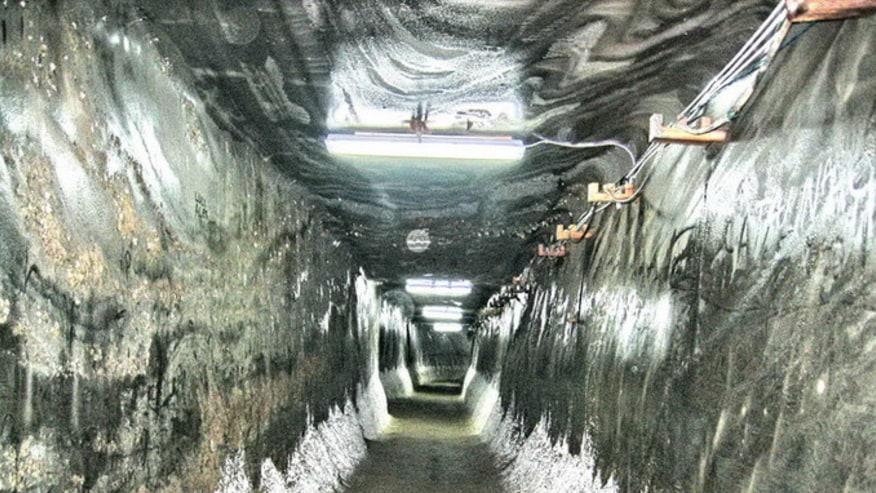 Turda Salt Mine - entering gallery
