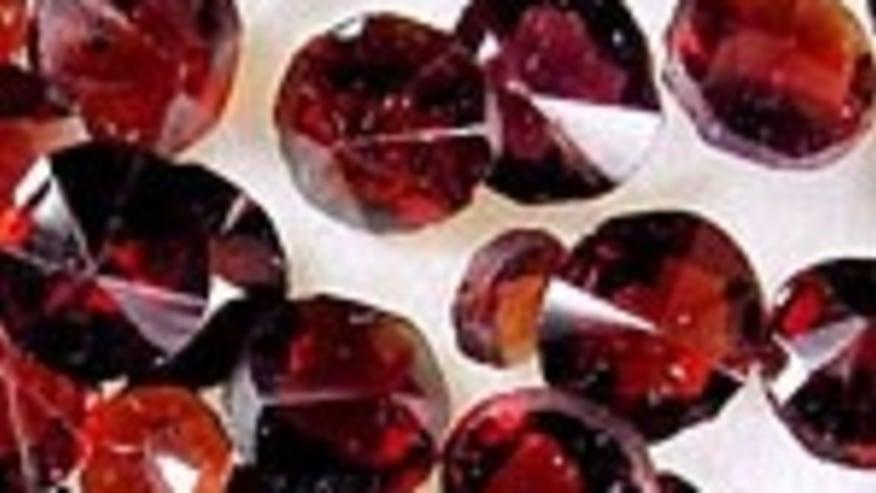 Les grenats : quelques gouttes scintillantes du précieux sang de la Bohême