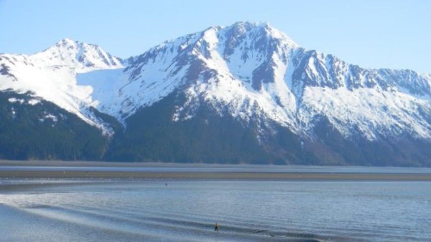 Explore the beauty of an Alaskan city