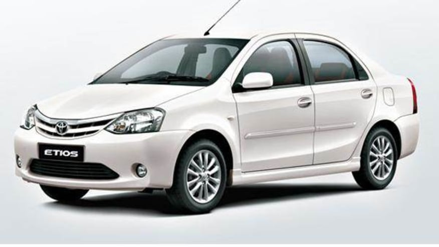 Sedan: Toyota Etios