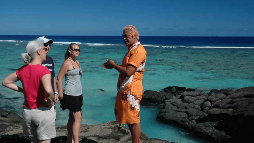 Local Tour Guide on Rarotonga sightseeing