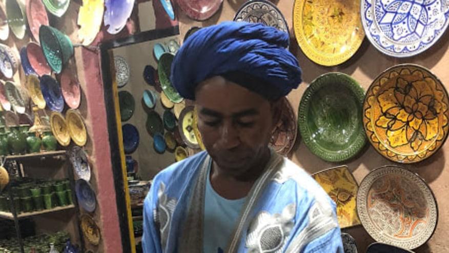 buy Moroccan souvenirs