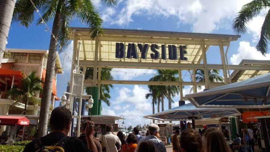 The popular Bayside Market