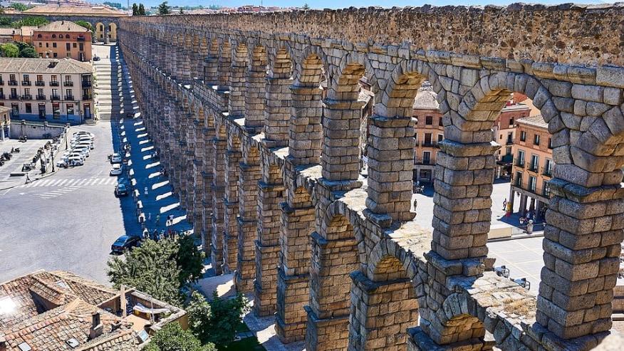 Roam Aqueduct