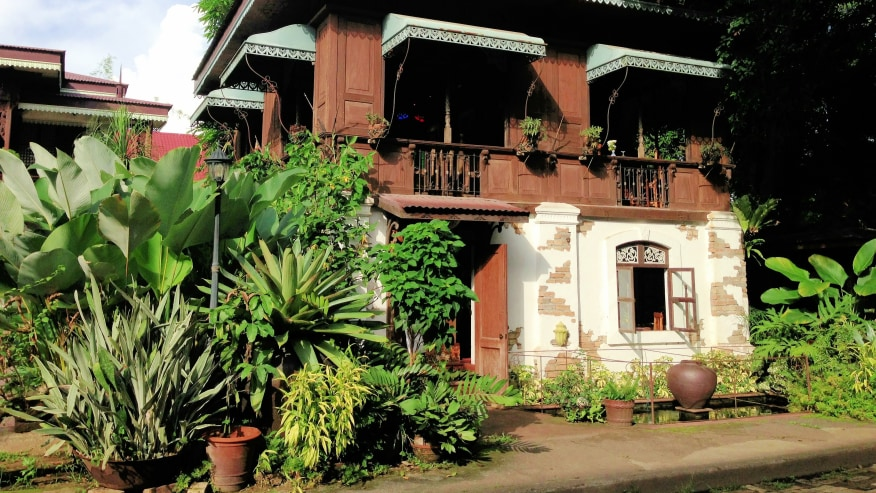 Sulyap Colonial House