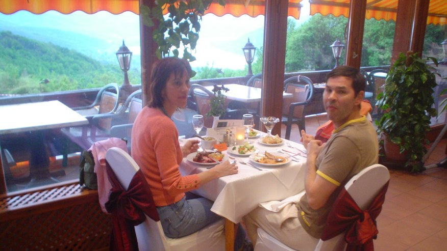 Dinner with panorama to the Danube bend