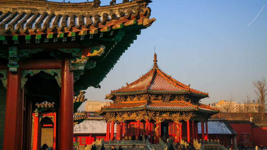 Admire the unique chinese architecture