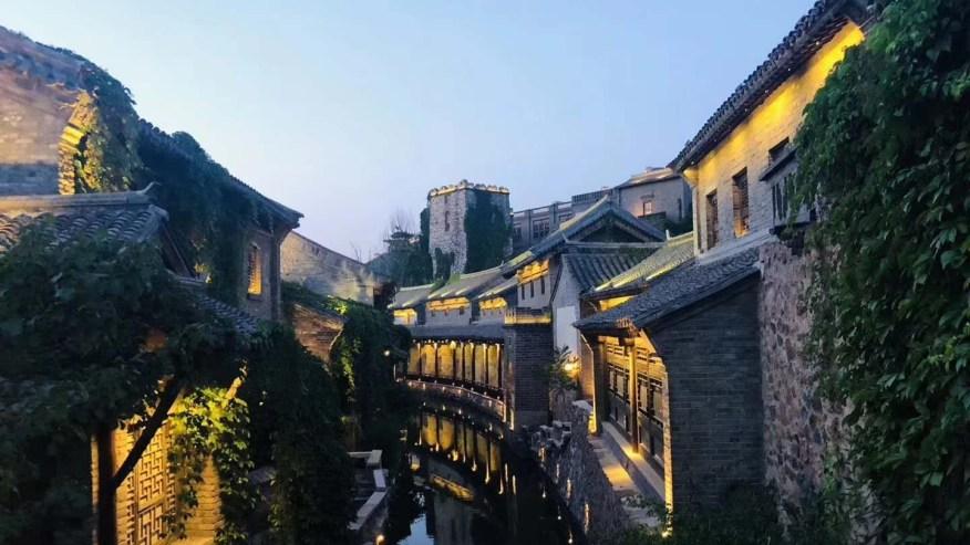 A hidden canal slithering through Gubei