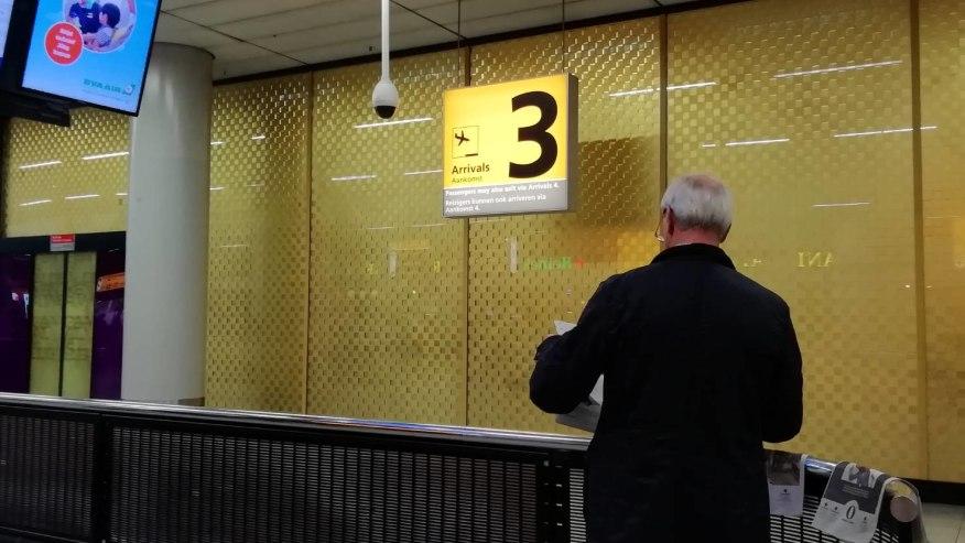 【オランダ・アムステルダム】スキポール空港トランジットツアー ★1時間単位でガイド貸切!相談しながらツアーを組みます★