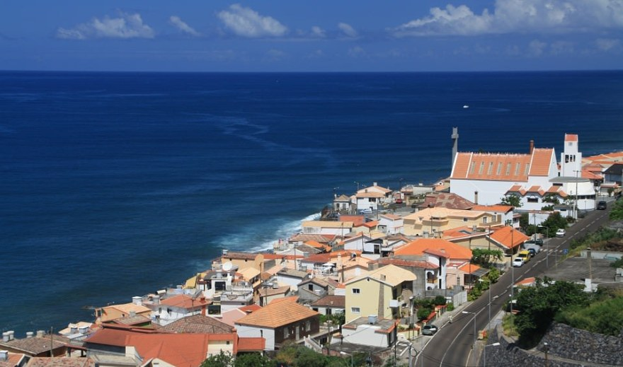 """Explore off the beaten path places of """"Europe's West coast"""": Portugal"""