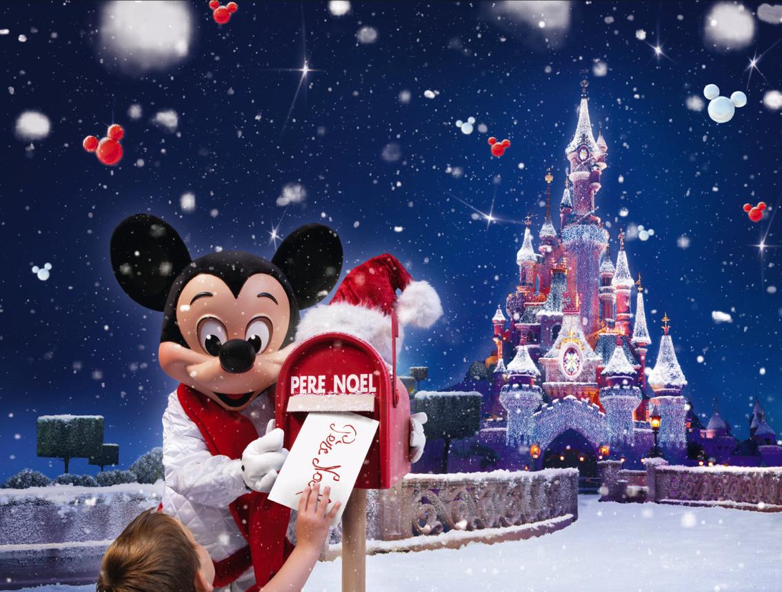 Disneyland Paris at Christmas
