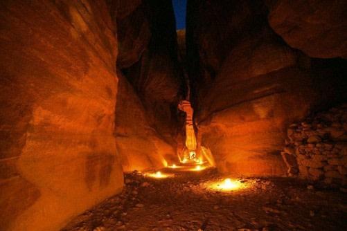 Petra por la noche, visita nocturna a Petra.