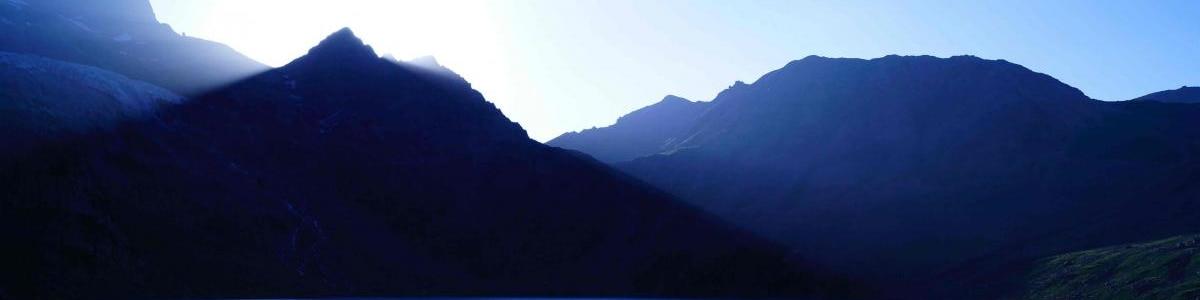 Kashmir-Alpine-Trek-in-India
