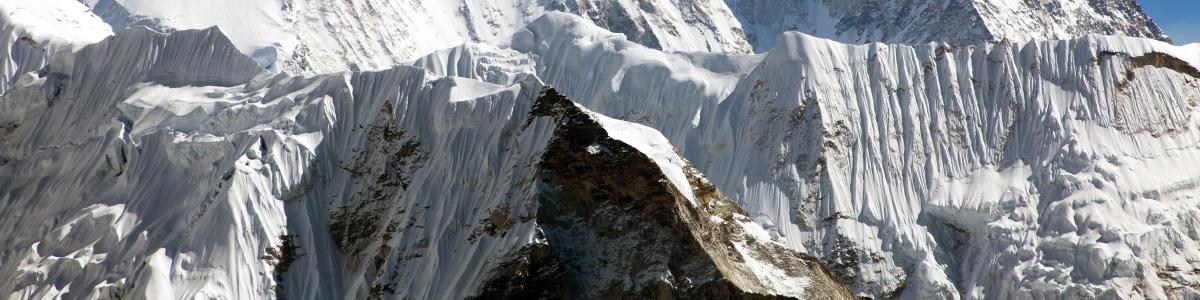 Himalayan-Trekkers-in-Nepal
