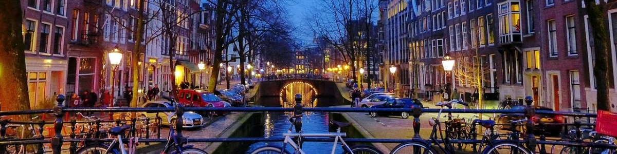 Amsterdam-Experiences-in-Netherlands