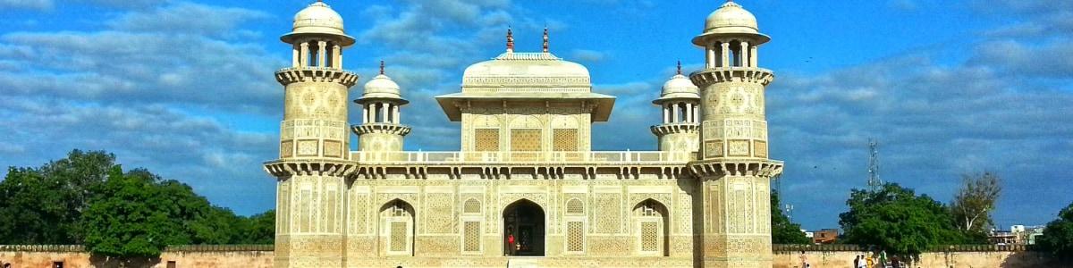 Taj-Golden-Tours-in-India