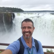 mércio-fozdoiguacu-tour-guide