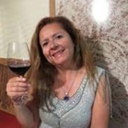 rosapatriciagarabitovaldés-santiago-tour-guide