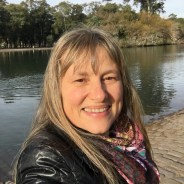 carina-buenosaires-tour-guide
