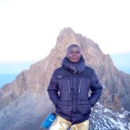 dennis-mountkenya-tour-guide