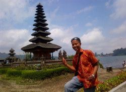 imade-bali-tour-guide