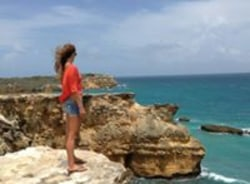 kelsey-isabela-tour-guide