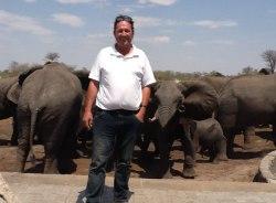 joerg-windhoek-tour-guide