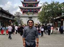 davut-ashgabat-tour-guide