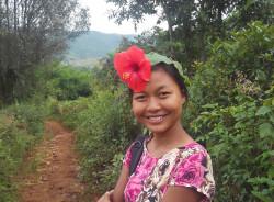 phyuphyu-yangon-tour-guide