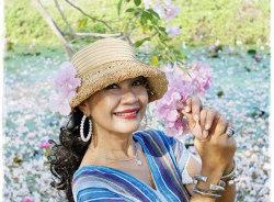 kingkamon-bangkok-tour-guide